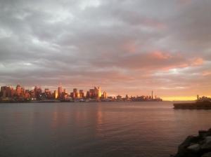 Manhattan Super Glow
